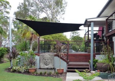 Shade sail over deck - Z16 Black galv post
